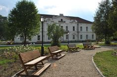 Borsec Romania, Benches, Mansions, House Styles, Home Decor, Banks, Decoration Home, Manor Houses, Room Decor
