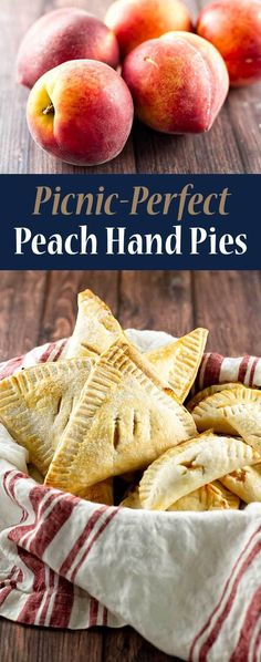 These easy peach hand pies are so cute! Pastry Recipes, Tart Recipes, Fruit Recipes, Baking Recipes, Dessert Recipes, Summer Recipes, Baking Pies, Dessert Ideas, Winter Desserts
