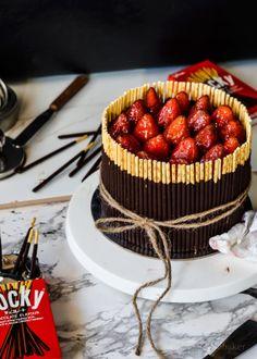 Pulling at the heart strings /-/ Triple Choc mousse pocky cake | The moonblush Baker @moonblushbaker