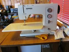 Bernina record 830 one of the best sewing machines ever made if ive been sewing on these bernina record 830s since the 1970s fandeluxe Gallery