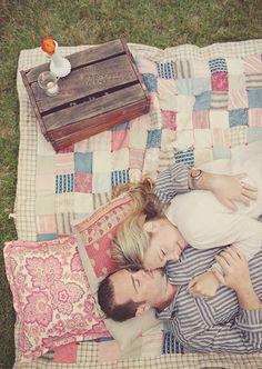 picnic engagement photo idea
