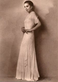 Danish author Karen Blixen (who confusingly wrote under the nom-de-plume of Isak Dinesen) was the author of 'Out of Africa', which inspired. Karen Blixen, All About Africa, Out Of Africa, Oscar Winning Films, Writers And Poets, Book People, Africa Fashion, Style And Grace, Special People