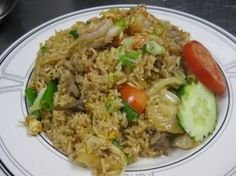 Thai Fried Rice :Egg, onion and tomatoes with your choice of meat from Mai Thai Restaurant in Fountain Valley #Food #Fried #Egg forked.com