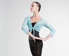 AGATE - Elegant and trnedy 3/4 sleeves stretch lace wrap. http://www.wearmoi.com/store/item/256-agate