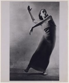 martha graham- look at that form. BEAUTIFUL