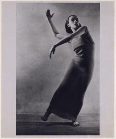 martha graham- look at that form. BEAUTIFUL