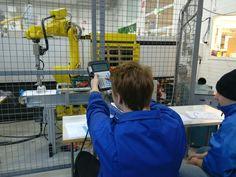 Robotin ohjelmointia
