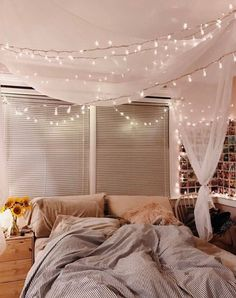 cozy fall bedroom decoration ideas 00050 - apartment wants - Cute Bedroom Ideas, Cute Room Decor, Dream Rooms, Dream Bedroom, Master Bedroom, Bedroom Décor, Girl Bedrooms, Fall Bedroom Decor, Bedroom Inspo
