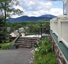 East Cove of Moosehead Lake paired with Greenville Inn flowers, makes a perfect sight! #mooseheadlake #greenvilleme #Maine #greenvilleinn