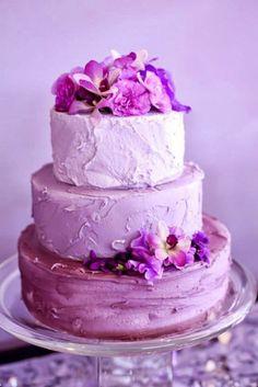 2014 Color Radiant Orchid Wedding Cake #radiantorchid #weddingcake