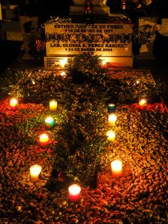 Candlelit grave, Pantheon General, Oaxaca, Dead of the Dead