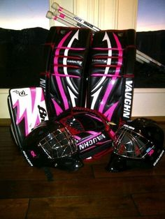 Hunter Prall's goalie pads for Breast Cancer Awereness Hockey Pads, Goalie Pads, Goalie Gear, Hockey Gear, Hockey Goalie, Ice Hockey, Funny Hockey, Hockey Girls, Detroit Red Wings