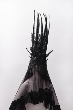 Synesthesia Garden - a weird art + style blog | » Blog Archive » Melusi  #fashion #donnevincenti