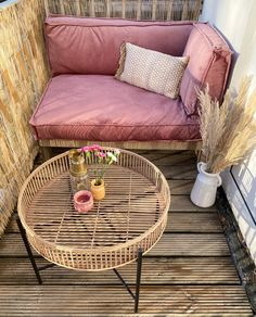 Apartment Balcony Decorating, Apartment Balconies, Apartment Living, Apartments Decorating, Condo Living, Living Room, Small Balcony Design, Small Balcony Decor, Balcony Ideas