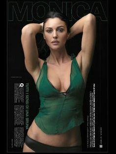 Monica Bellucci Photo, Monica Belluci, Black Widow Scarlett, Bond Girls, Brunette Beauty, Female Portrait, Sexy Legs, Gorgeous Women, Beauty Women