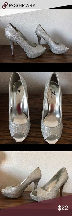 Sparkly heels Sparkly heels open toed used but in good condition size 8 1/2 by the brand Worthington Worthington Shoes Heels