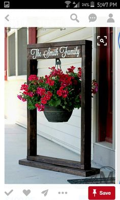 Learn to Launch your Carpentry Business - Hanging plant garden sign. Learn to Launch your Carpentry Business - Discover How You Can Start A Woodworking Business From Home Easily in 7 Days With NO Capital Needed! Outdoor Projects, Diy Projects, Outdoor Decor, Project Ideas, Pallet Projects, Pallet Ideas, Outdoor Ideas, Diy Yard Decor, Summer Porch Decor