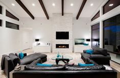 Contemporary-Living-Room-with-Black-Furniture