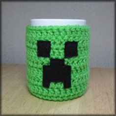 Google Image Result for http://geekcrafts.com/wp-content/geek_craft_images/Creeper_Cozy.jpg
