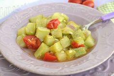 Contorni ricette Zucchina lunga al pomodoro