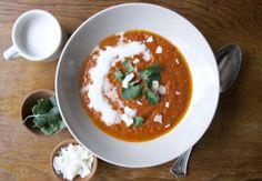 Indiferent ca prepari supe de legume sau cu carne, nu te limita doar la sare si piper pentru a le aromatiza. Ofera-le un gust nou, autentic si imbietor, cu ajutorul a sase mirodenii interesante, pe care nu te-ai fi gandit niciodata sa le pui in...