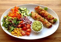 lindastuhaug - lidenskap for sunn mat og trening Indian Food Recipes, Healthy Recipes, Ethnic Recipes, Healthy Food, Frisk, Enchiladas, Avocado Toast, Guacamole, Healthy Lifestyle