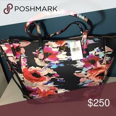 """Host Pick 🌷🌼 BNWT kate spade Floral diaper bag Kate Spade Adaira Laurel Way Baby Diaper Bag ♠️ Be the most chic mom in town in this adorable blurry floral print vinyl baby bag with leather trim and 14k gold plated hardware. Comes with black changing pad Blurry Floral 💚 Grainy Vinyl, Leather💚 measurements- 20 - 14"""" tapered L x 12.75"""" H x 7"""" w Exterior pockets: 2 gussets on the sides for bottles Interior Pockets: 2 expandable, 1 zip,large pouch for pad Handles: Leather 10""""drop - Fabric…"""