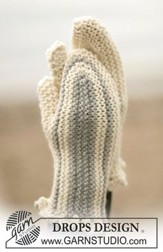 Search all Patterns - Free knitting patterns and crochet patterns by DROPS Design Crochet Mittens, Mittens Pattern, Free Crochet, Crochet Pattern, Free Pattern, Knit Crochet, The Mitten, Designer Knitting Patterns, Knitting Patterns Free