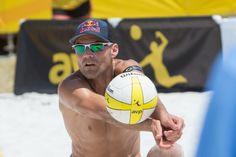 USA's Dalhausser tops men's 2014 FIVB Beach Volleyball season awards | AVP Beach Volleyball