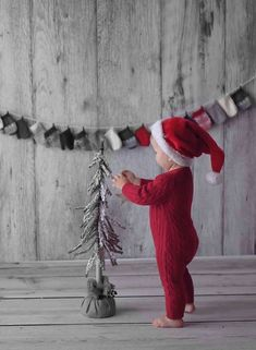 100 Best Kids Christmas Photography Ideas and Inspirations Christmas Mini Sessions, Christmas Minis, Babies First Christmas, Christmas Time, Christmas Sweets, Christmas Ideas, Christmas Inspiration, Holiday Mini Session Ideas, Valentine Mini Session