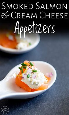 These smoked salmon and cream cheese hors d'oeuvres are the perfect for party appetizers. They look fancy but these simple small bites take seconds to make. You can serve them in amuse spoons or individual small pots and they will keep in the fridge for a Elegant Appetizers, Appetizers For A Crowd, Cheese Appetizers, Appetizers For Party, Appetizer Recipes, Smoked Salmon Cream Cheese, Smoked Salmon Appetizer, Paleo Vegan, Gluten Free Puff Pastry