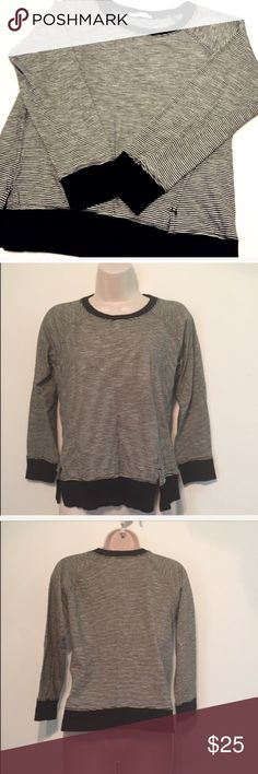 "❣BOGO 1/2 off❣🆕 Zara cropped sleeve striped top Soft & cozy, this top is perfect for transitioning into Fall.🍁 Size small. Measures approx 24"" long, 18"" sleeves, 20"" flat across chest. Soft & stretchy modal cotton/poly blend. Worn once, flawless! 🔴Bundle your likes for a private sale offer! 🔴NO TRADES, no modeling. REASONABLE offers welcome via offer button. Smoke free home. Fast shipping! Zara Tops Tees - Long Sleeve"
