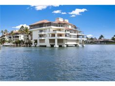 Click here for all properties in Park Shore Naples Florida