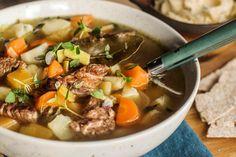 God gammeldags kjøttsuppe | Coop Mega Creme Fraiche, Slow Food, Frisk, Pot Roast, Nom Nom, Soups, Food Ideas, Food And Drink, Lunch