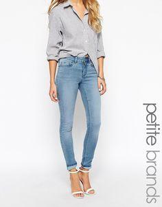 Noisy May Petite - Jean skinny clair delave chez ASOS shoping tenuedujour  lookdujour mode femme ete 45a6290059ae