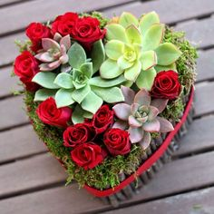 Arranged with Love: Beautiful Valentine& Day Flowers for Everyone - Just read this, very easy ! going to make it for the place I volunteer at ! Valentines Flowers, Valentines Day Decorations, Valentine Day Crafts, Deco Floral, Arte Floral, Floral Design, Succulent Arrangements, Floral Arrangements, Flower Arrangement