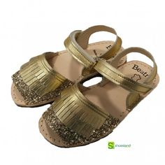 #outlet #shopping #menorquinas #abarcas #sandalias #shoeskids #fashionkids #kidsfashion #madeinspain #shoes #modainfantil #glitter #dorado #sandals