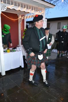 Don't miss the Best Legs in a Kilt Contest at the Brazenhead Irish Pub to kick off St. Patrick's Day weekend in Dublin.