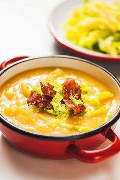 Cheeseburger Chowder, Thai Red Curry, Chili, Soup, Treats, Cooking, Ethnic Recipes, Sweet Like Candy, Kitchen