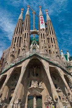 Barcelona's La Sagrada Familia, Gaudi