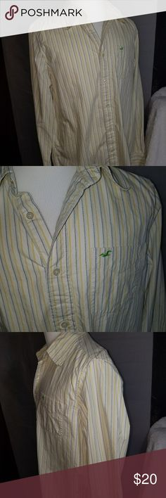 Hollister long sleeve button up Hollister long sleeve button up great condition size XXL Hollister Shirts Casual Button Down Shirts