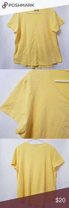 """Chico's Hi-Lo Top XL Yellow Short Sleeves This Chico's top is in great condition it is a Chico's size 3 which is the equivalent of a regular size extra large. Chest 24"""" Length shoulder to hem 25"""" front 29"""" back  My home is smoke free and pet free.  Check out the other items in my closet to bundle for a discount.  I consider all offers.  Fast shipping!  HAPPY Poshing! 😀 Chico's Tops Tees - Short Sleeve"""