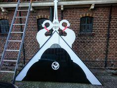 Batema Damwoude - Specialist in rietdekken en uilenborden Site, Kunst