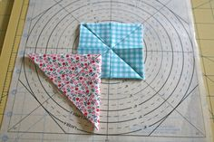lovely little handmades: a folded star tutorial! Quilting Tips, Quilting Tutorials, Quilting Projects, Sewing Projects, Star Quilt Patterns, Star Quilts, Quilt Blocks, Quilted Christmas Ornaments, Fabric Ornaments