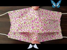 Make Fabric Face Mask at Home / DIY Face Mask With Sewing Machine / Easy Face Mask Pattern Make Fabric Face Mask at Home / DIY Face Mask With Sewing Machine / Easy Face Mask Pattern - YouTube<br> Easy Face Masks, Diy Face Mask, Pocket Pattern, Free Pattern, Pattern Sewing, Sewing Patterns Free, Fanni Stitch, Sewing Tutorials, Sewing Projects