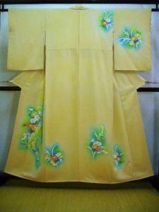 Vintage Japanese Kimono HOUMONGI Smoky Yellow Silk
