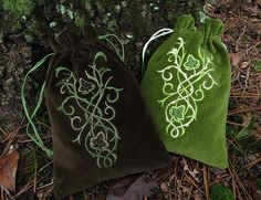 Elven Court Ivy bags | Medieval Muse