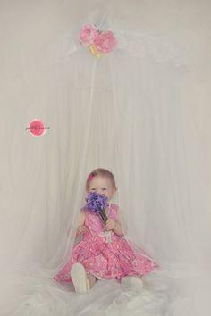 #girl #baldachin #flower #smile #photography #petfruska