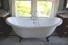 "2 person claw foot  bathtubs | 69"" Acrylic Double Ended Slipper Clawfoot Tub 
