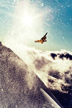 Elias Elhardt in Bonneval, France / Photo: Matt Georges #snowboard